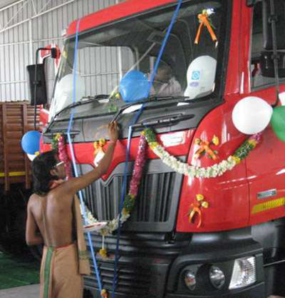 First Mahindra Navistar Trucks Roll Off Assembly Line In India