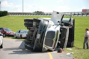 80 percent of car-truck crashes caused by car drivers, ATA