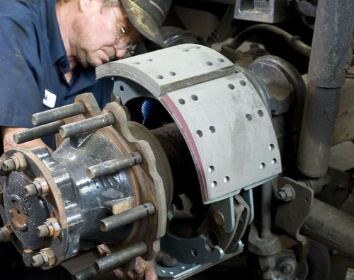 Bendix gives tips for improving S-cam brake performance and life