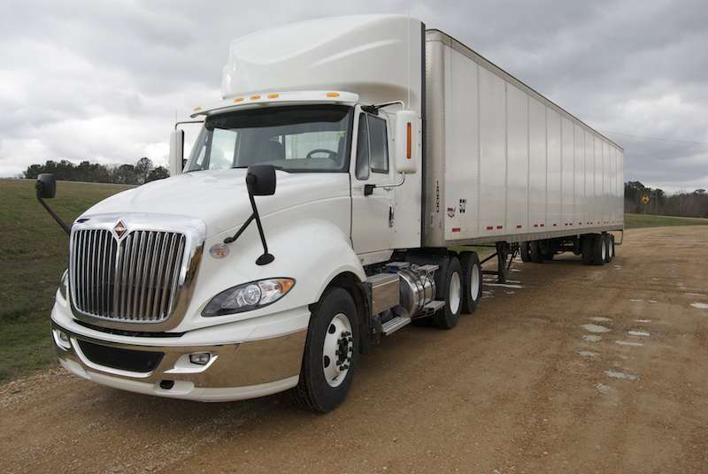 The International ProStar+ test truck was nothing special – simply a pearl-white daycab tractor with a 500-horsepower Cummins ISX15 under the hood.