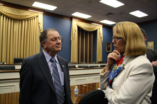 Congressman calls FMCSA's hours study 'worthless,' ATA says study is 'lacking'