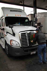 On Tuesday, Nov. 26, Karen and Morill Worcester gave 1,000 wreaths to truckers to place on their grill as a rolling tribute to veterans