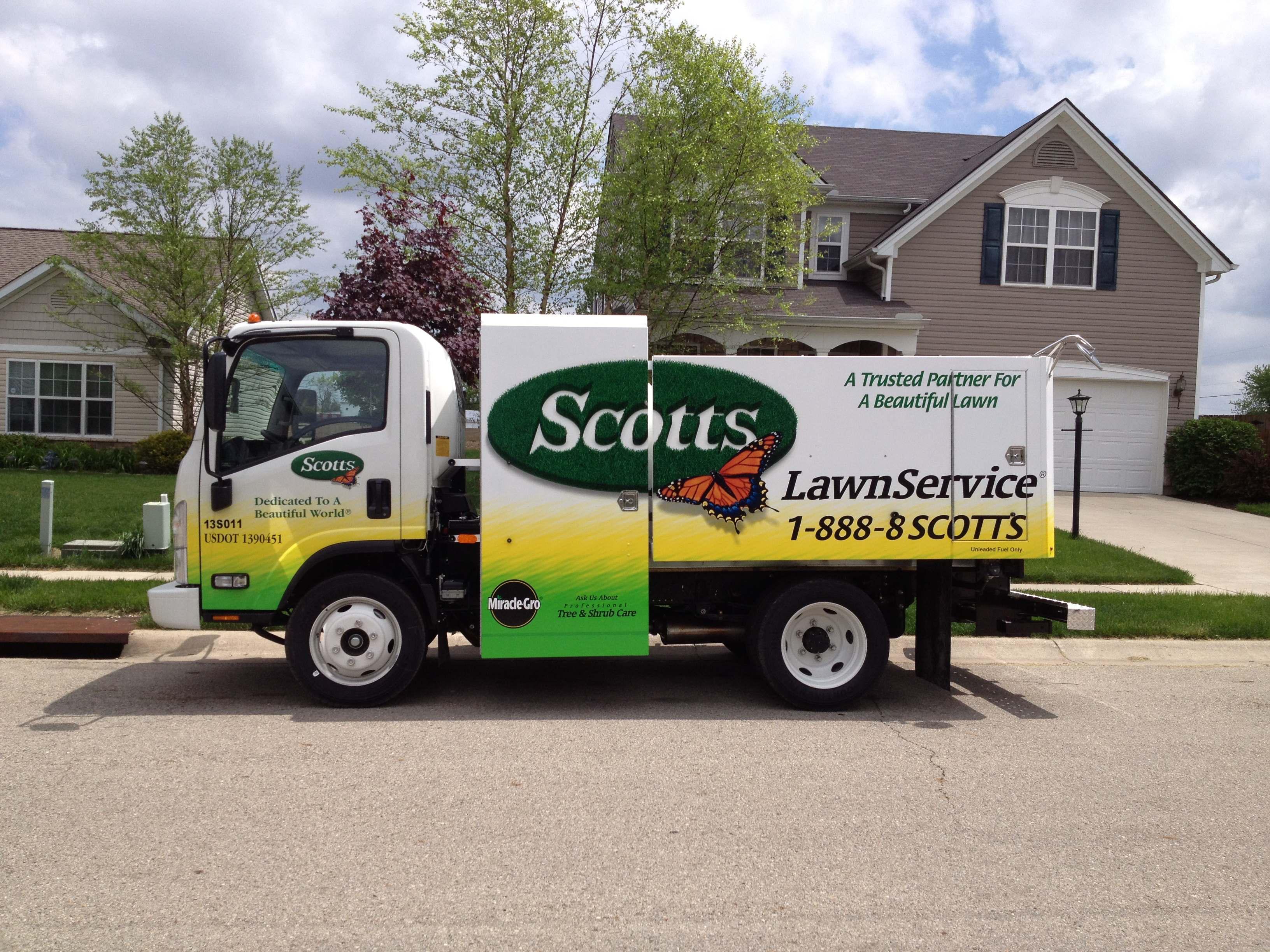 Today Scotts Lawn Service Has Merged With The Trugreen Company This Means That You Will No Longer Have To Choose Between Vs