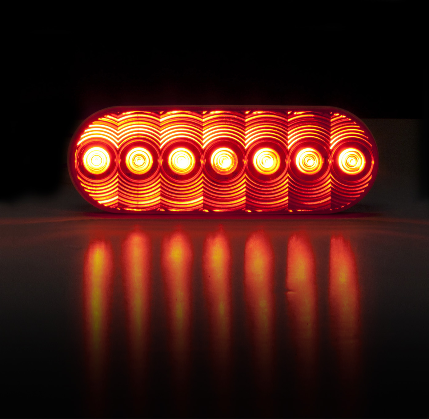 sc 1 st  Commercial Carrier Journal & Peterson touts safety lights