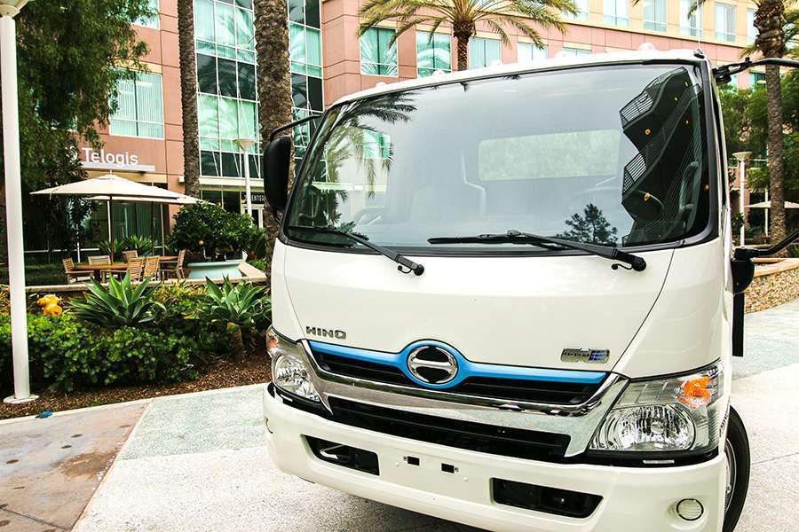 Hino trucks celebrates 30th anniversary in u s for Hino motors marion ar