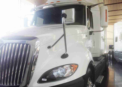 Navistar sets sights on used truck market with Diamond Renewed program