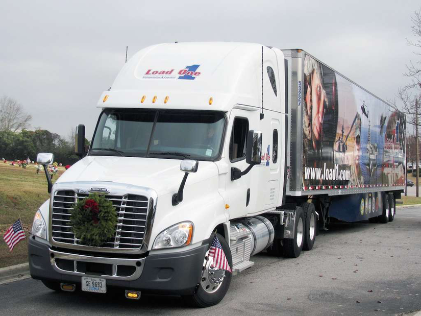 Load One truck with wreath on the front