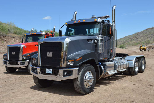 Caterpillar decides to part ways with Navistar, go it alone on truck production