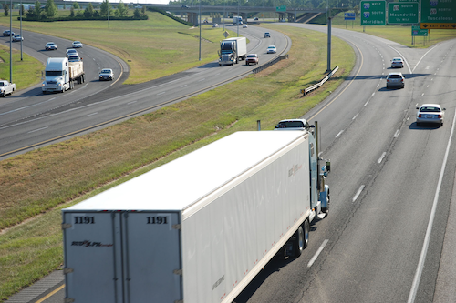 Measure to allow 91,000-pound trucks fails in House highway bill amendment process