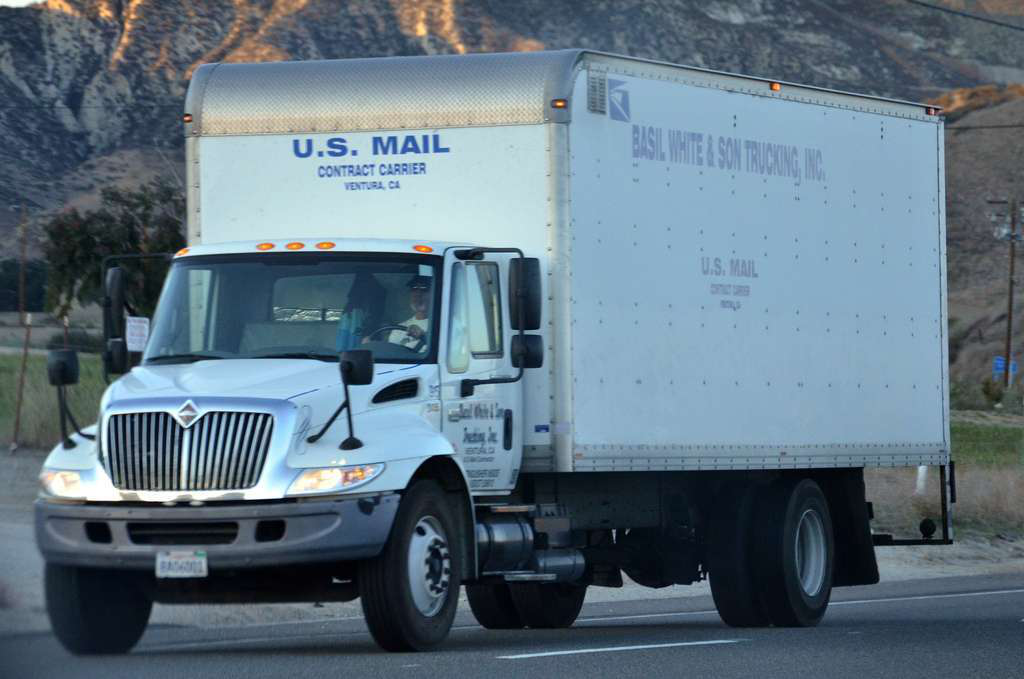 Postal workers union opposes mail contractors' 14-hour