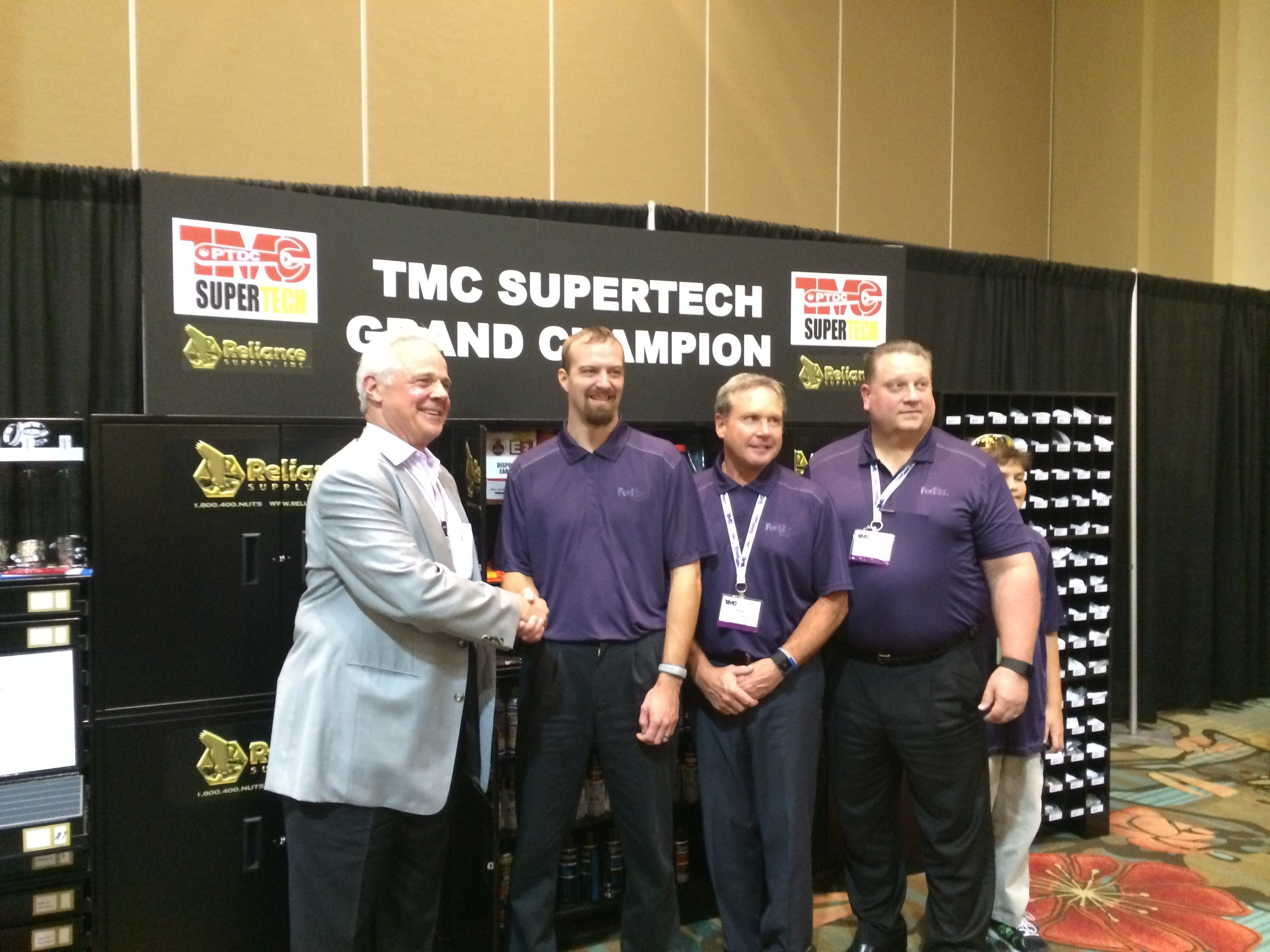 FedEx Freight scores a clean sweep at TMC's 2015 SuperTech competition