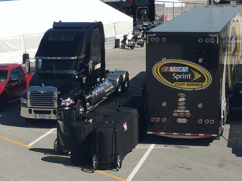 Mack wraps first season as official hauler of nascar nascar put its new mack pinnacles to work hauling race equipment to its 2016 kickoff race fandeluxe Images