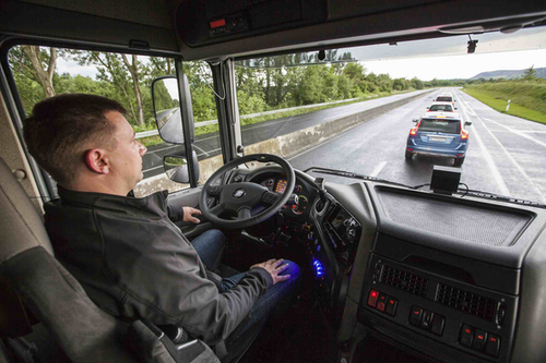 A demonstration of ZF's Highway Driver Assist -- an autonomous system that enables the truck to pilot itself in on-highway driving.