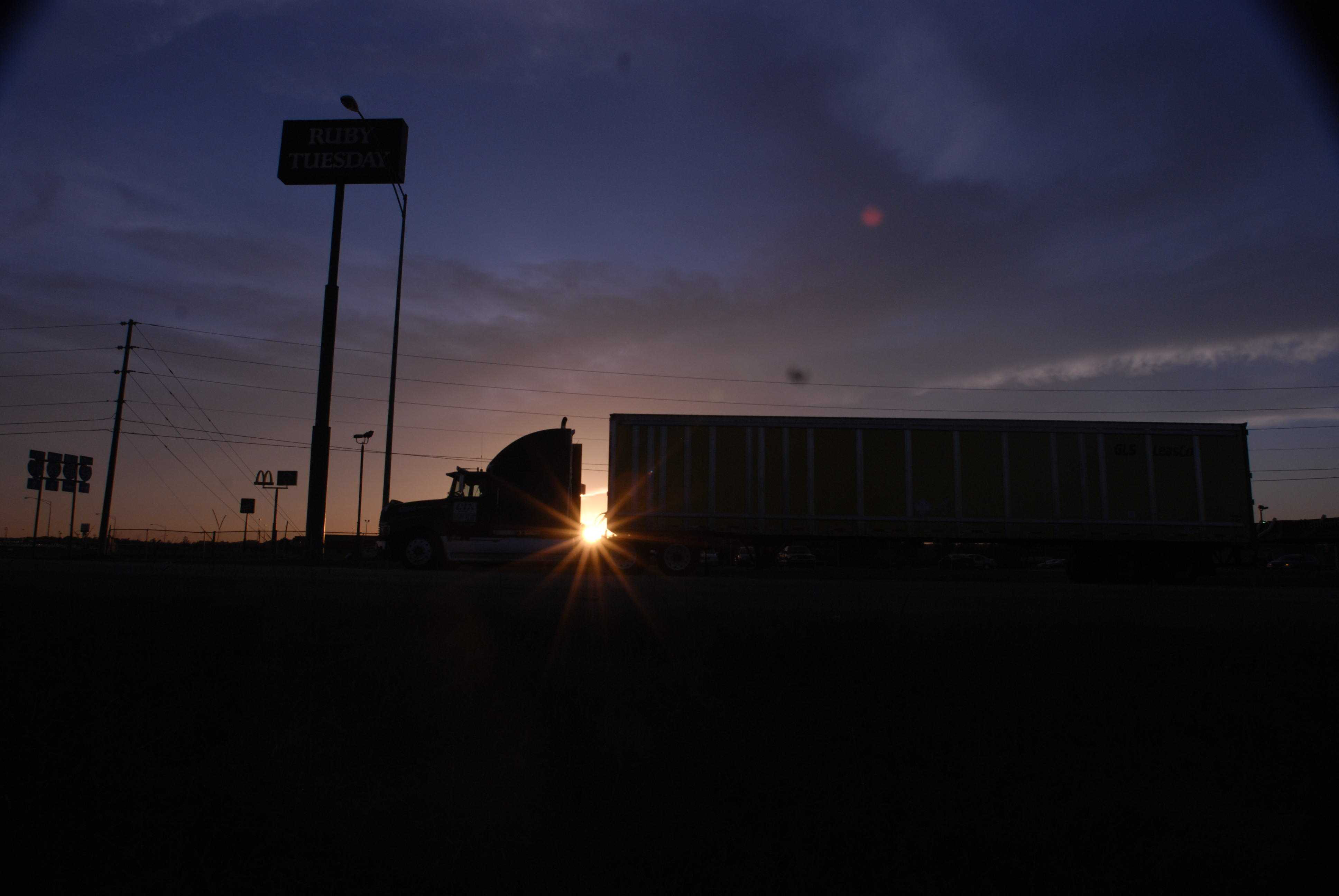 Hours of service reform: FMCSA ?working hard? to sort comments, plot path forward