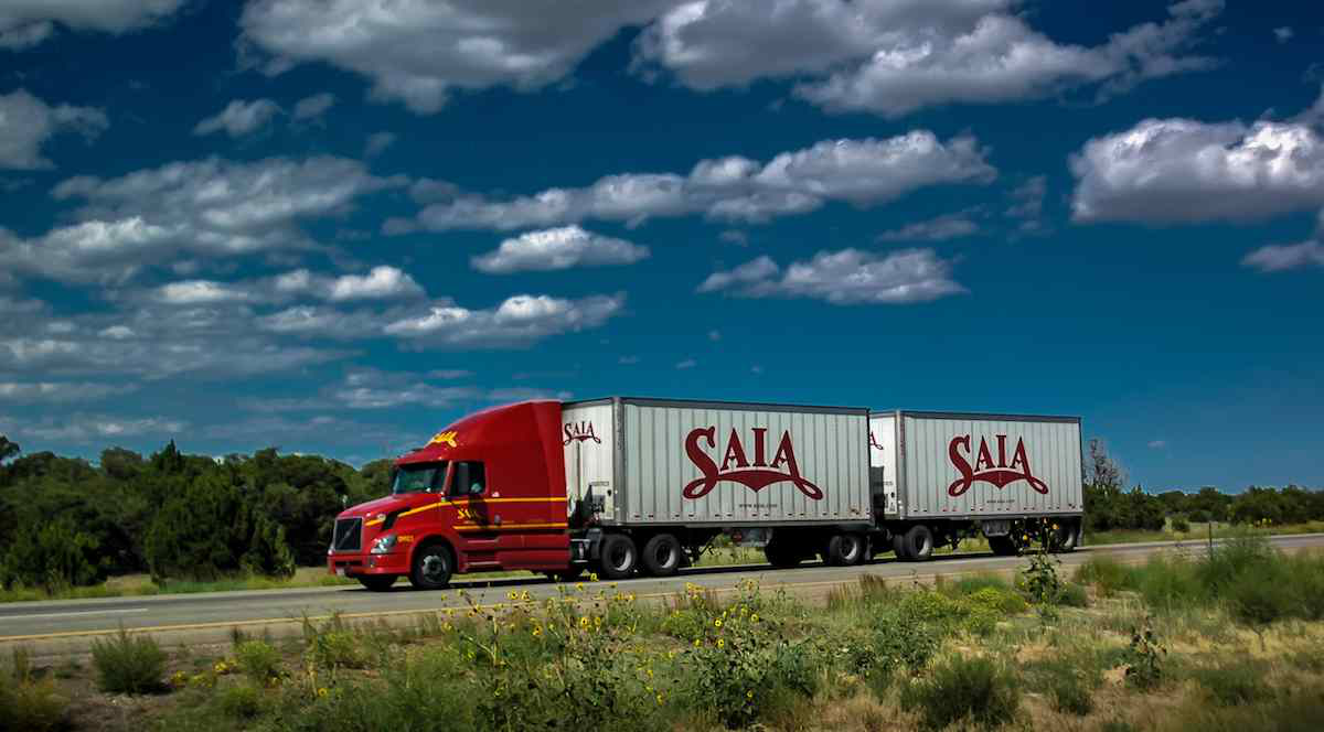 Saia plans to open four new terminals in Pennsylvania and New Jersey to expand its LTL offerings. (Photo by 365 Trucking)