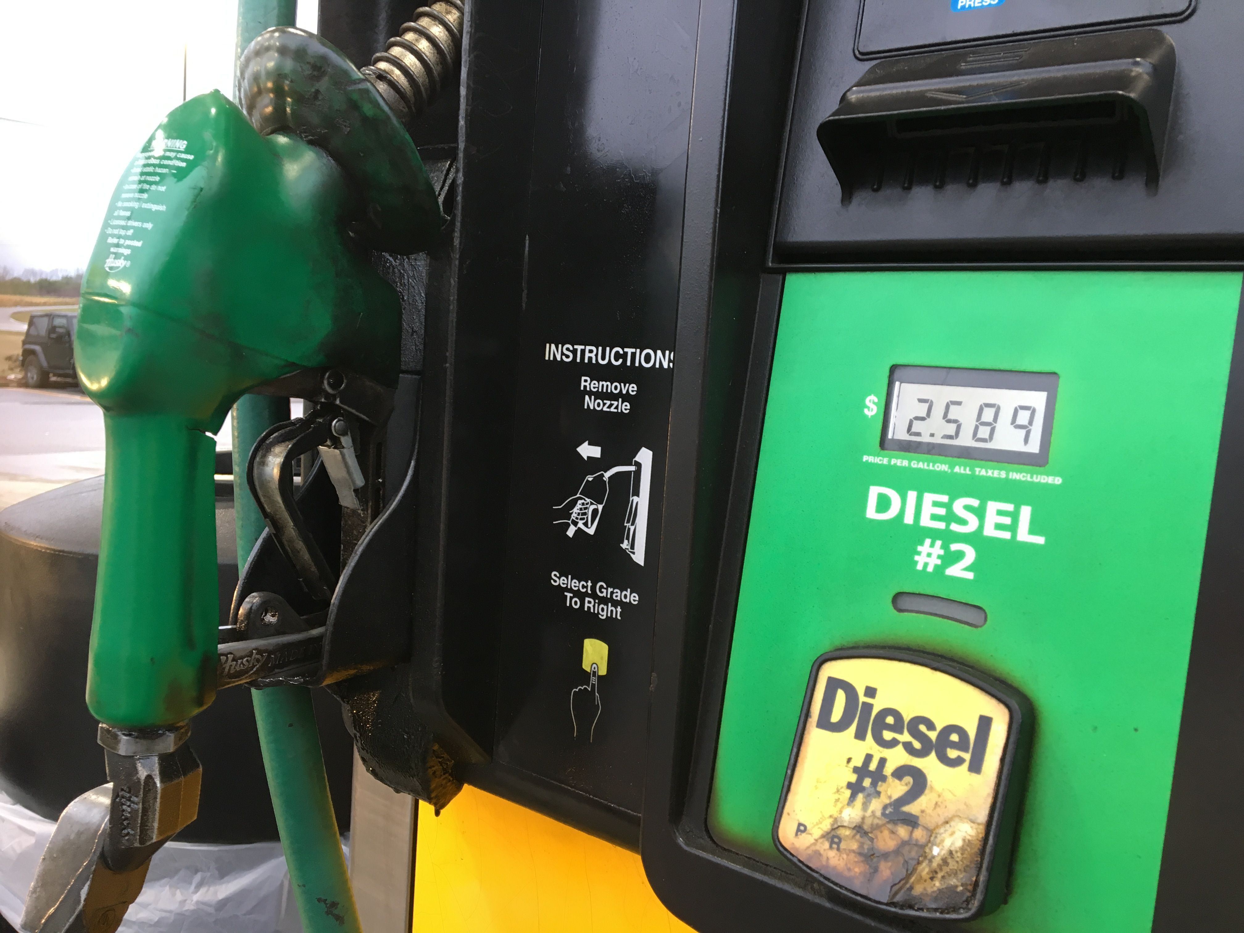 Diesel fuel prices continue climb at end of July