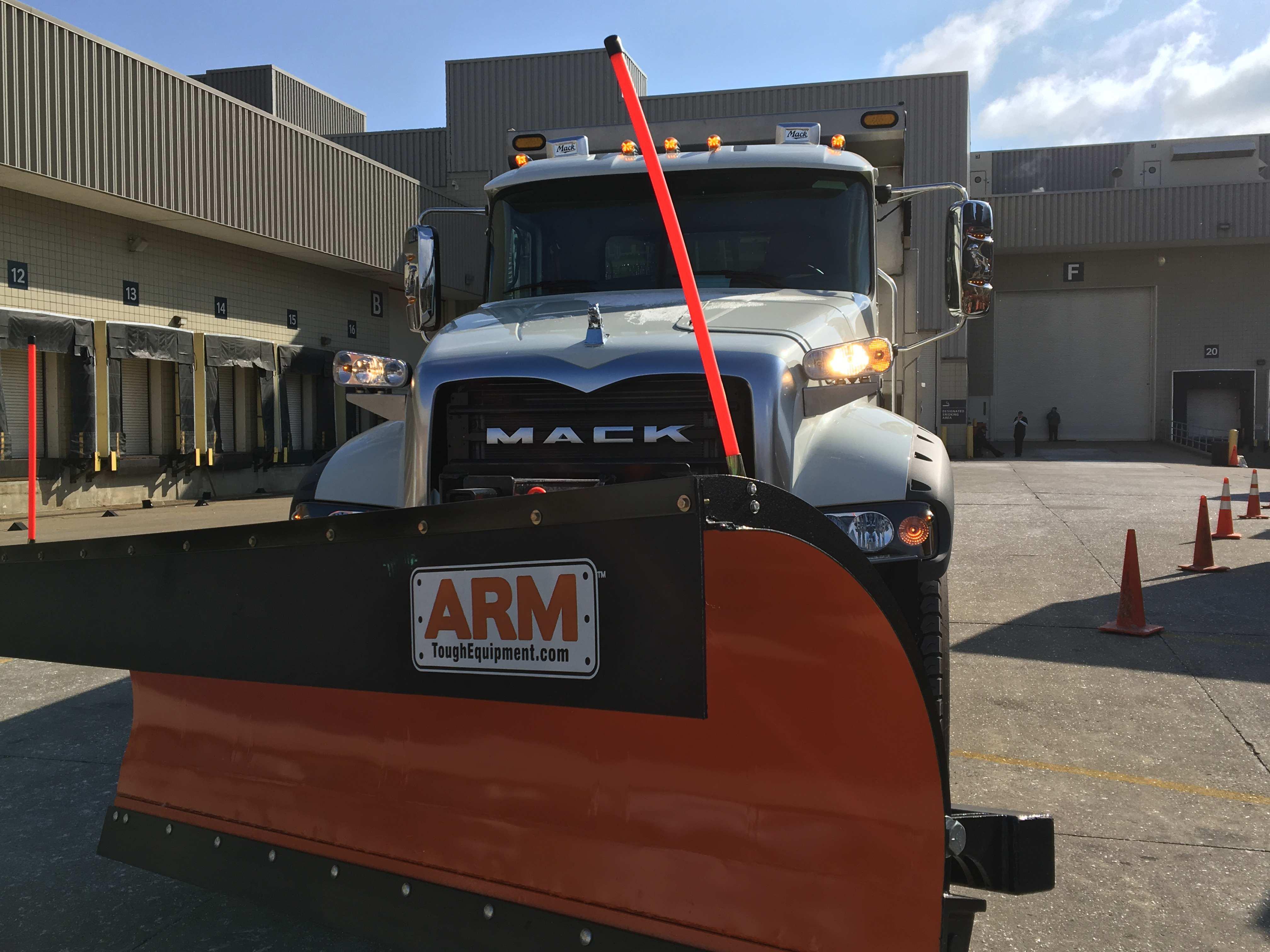 Mack Trucks Granite MHD