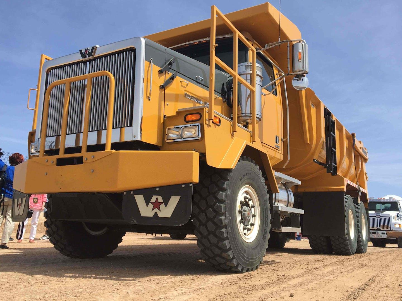 Western Star XD heavy equipment