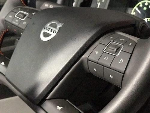 Volvo truck steering wheell