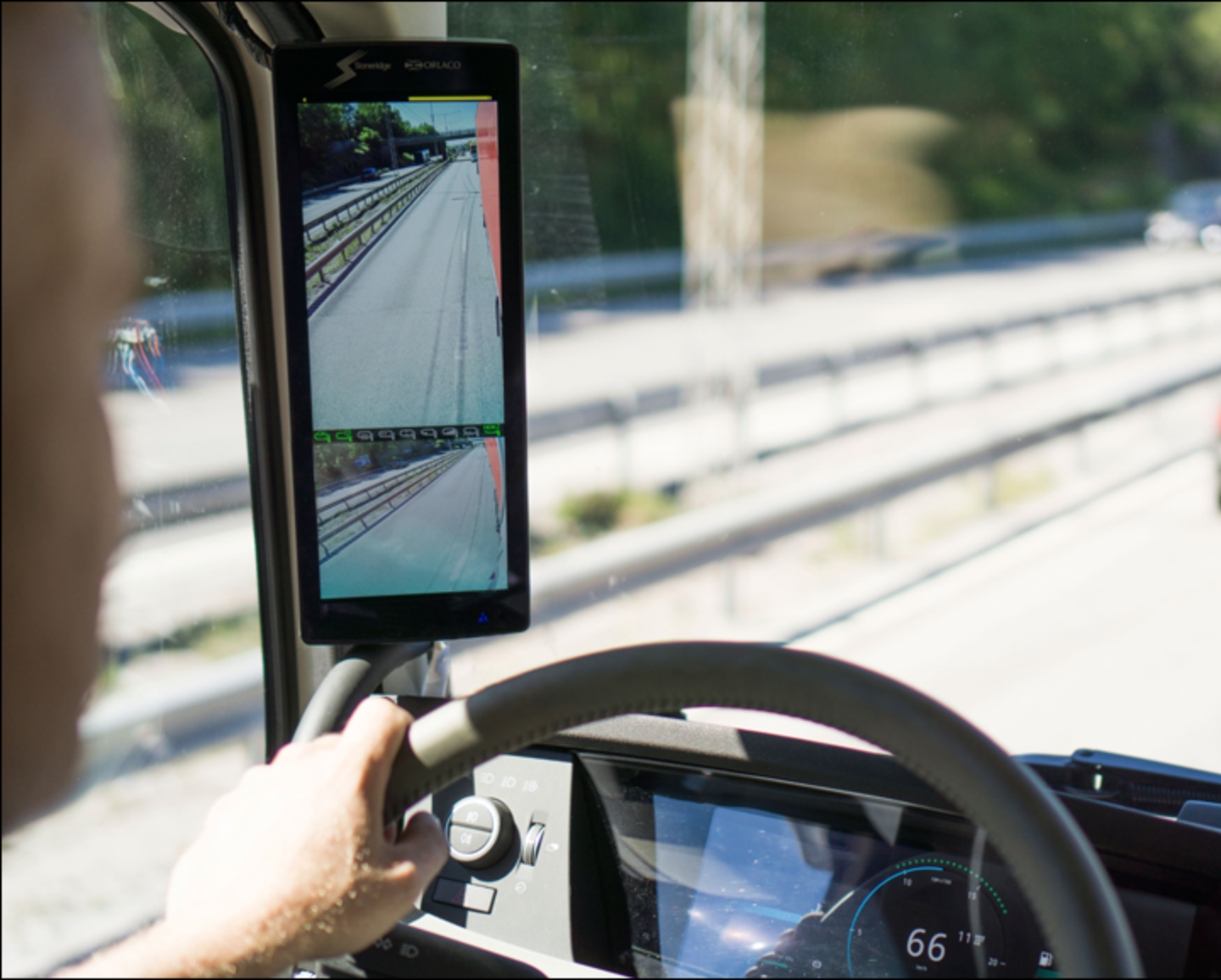 Stoneridge Pushes Fmcsa To Allow Cameras To Replace Mirrors