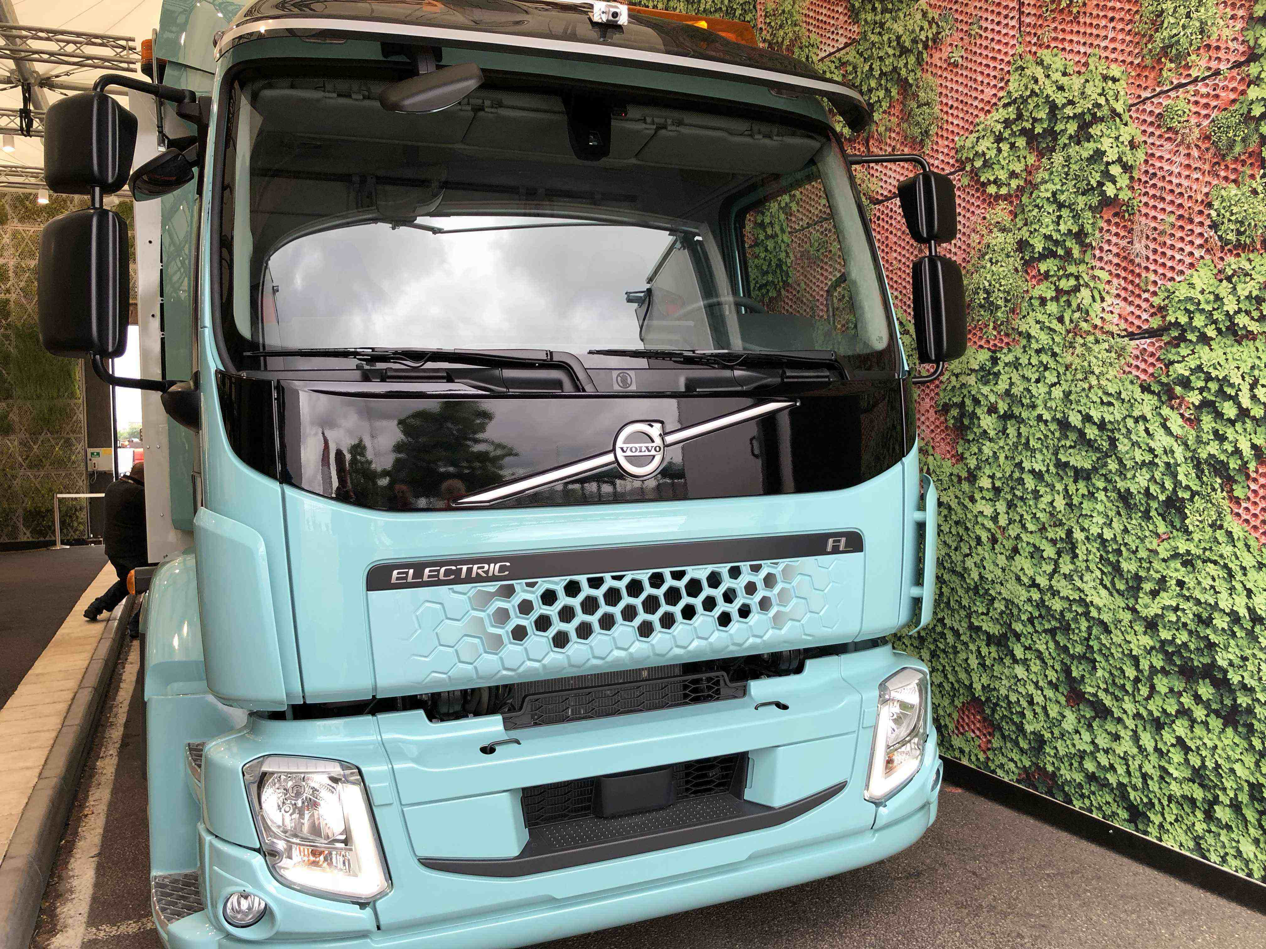 The fully electric FE and FL model trucks from Volvo Trucks