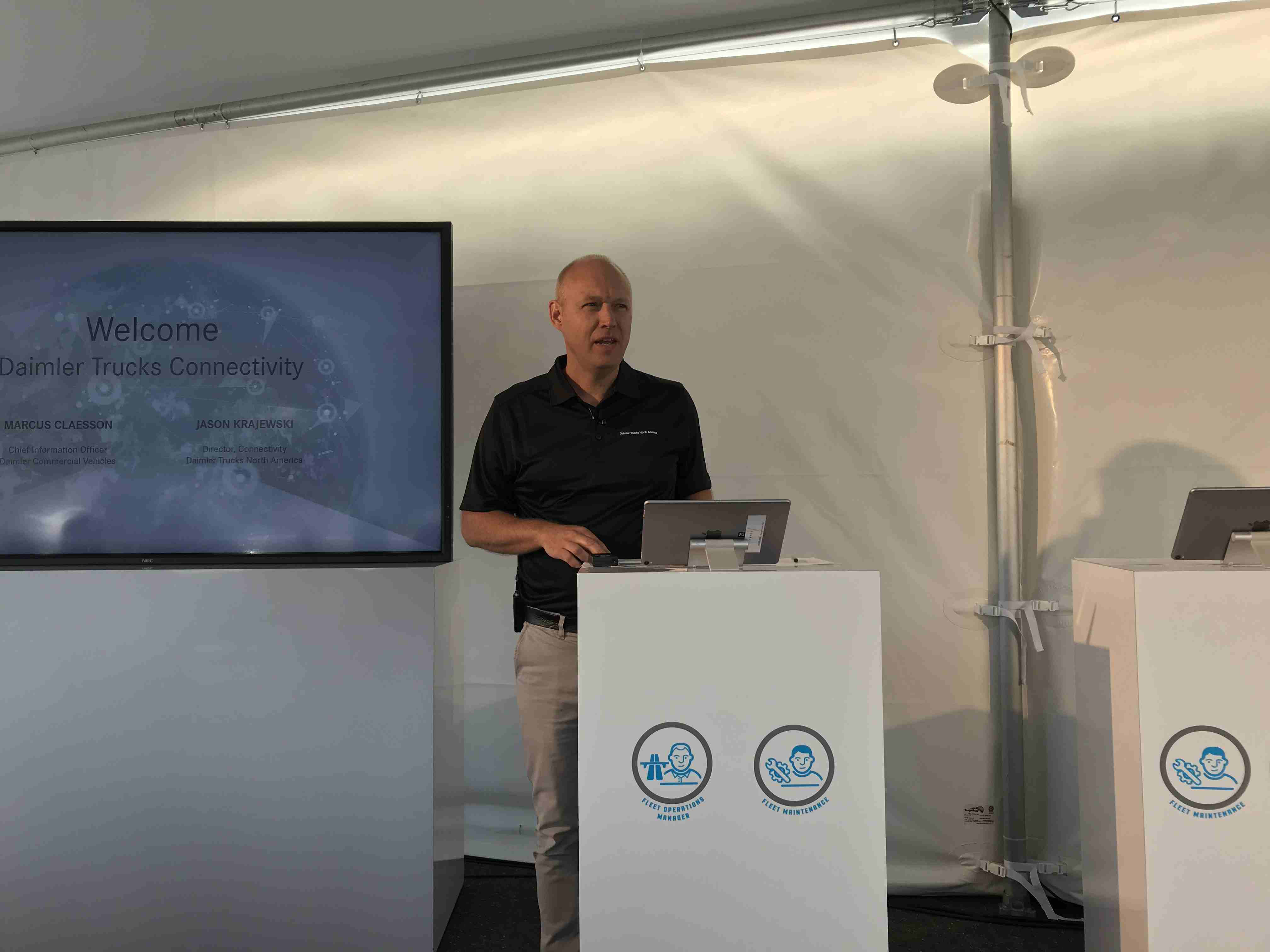 Marcus Claesson of Daimler Commercial Vehicles giving a presentation
