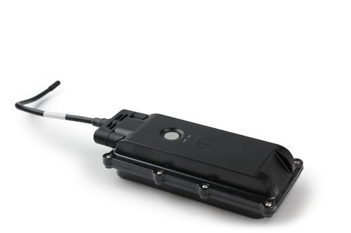 The LV-300 tracking system integrates with wireless sensors in a trailer.