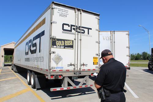 Photos, video: Truck platooning system with autonomous