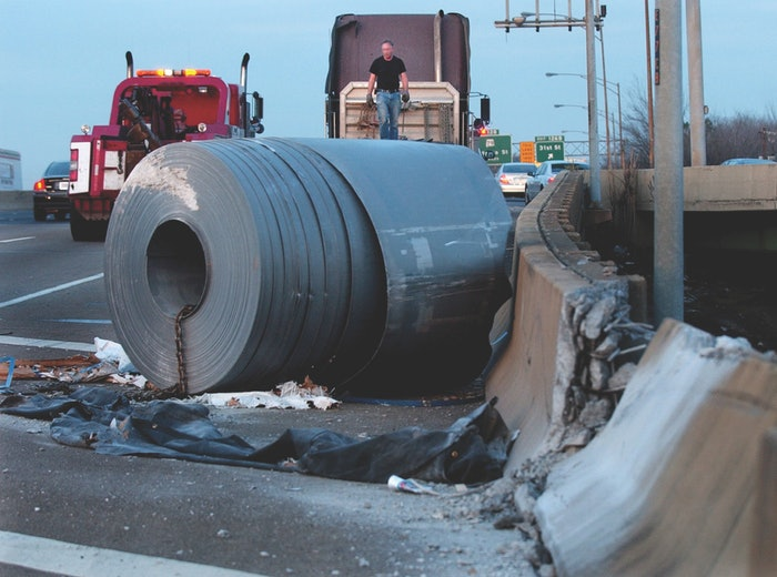 cargo-securement-kinedyne-steel-roll-accident-credit-linda-stelter-birmingham-news-2019-06-02-18-17