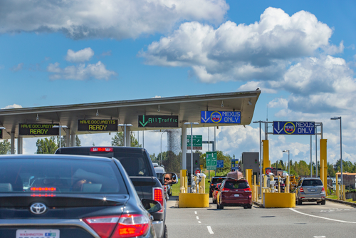 vehicles at border crossing