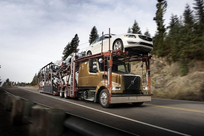Volvo VAH 600 Auto Hauler On the Road-2020-06-26-08-18