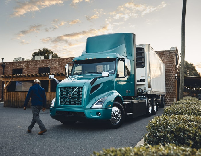 Volvo VNR Electric 6×2 Tractor with Reefer Trailer-2020-12-03-15-15