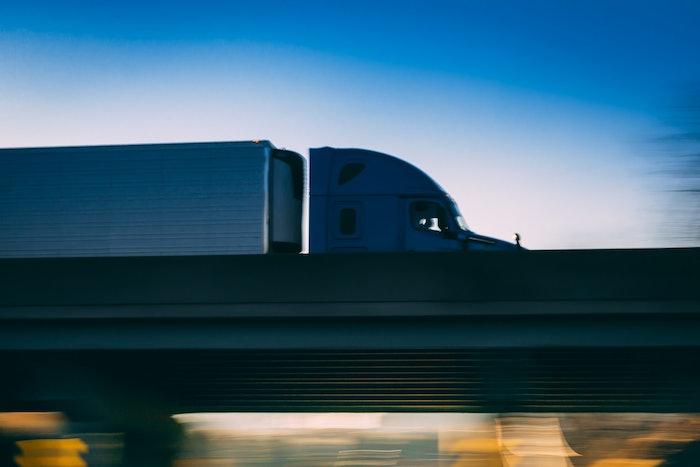 truck-freigh-2021-outlook-highway-2020-12-14-15-12
