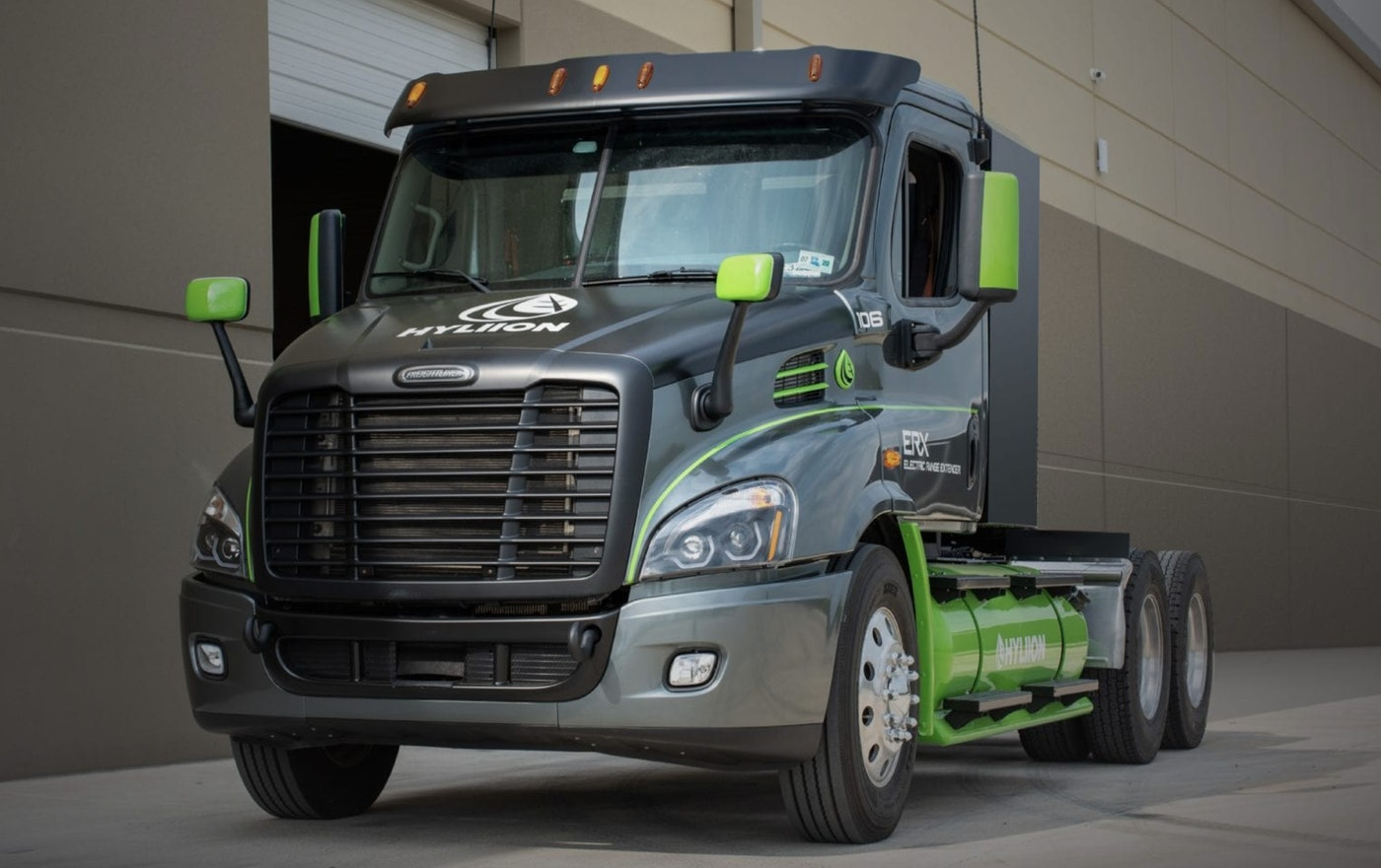 To further reduce its carbon footprint, the battery pack on Hyliion's hybrid Hypertruck Electric Range Extender is charged by an onboard generator that can be fueled by renewable natural gas (RNG).