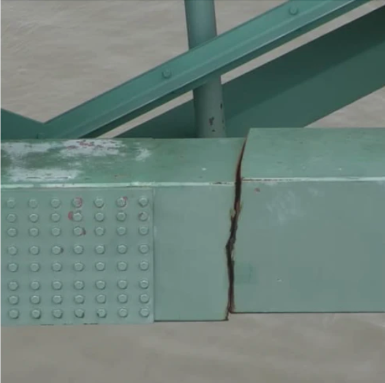 This crack in a support beam led to the closure in May of the I-40 bridge over the Mississippi River.