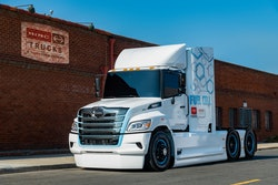 Fuel cell Hino truck